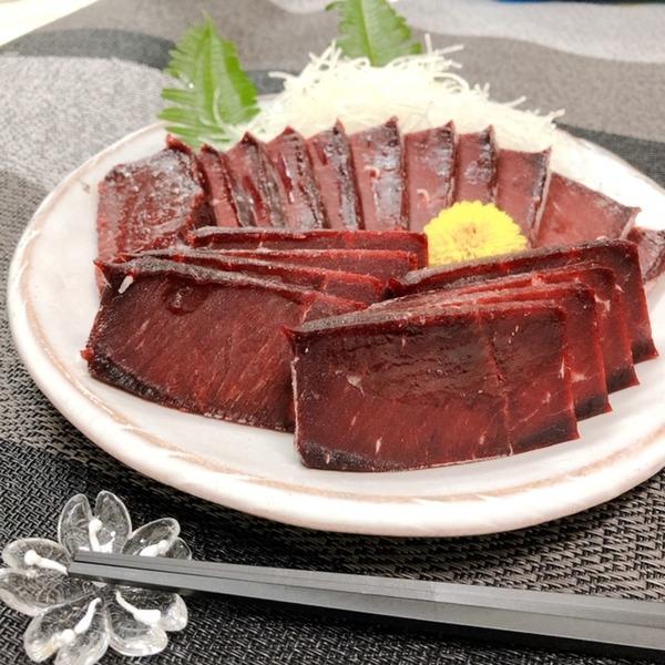 くじら赤肉1級  約1kg