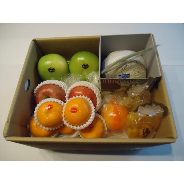 季節のフルーツ詰め合わせ